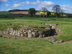 Carlungie Earth-House