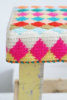 wood & wool crochet harlequin stool