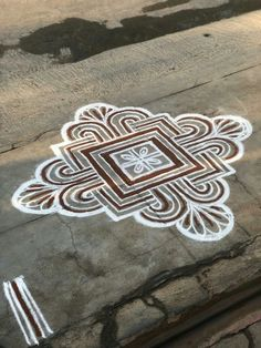 Bird houses with flowers projects 22 New ideas Simple Rangoli Designs Images, Rangoli Designs Latest, Rangoli Designs Flower, Rangoli Border Designs, Small Rangoli Design, Rangoli Patterns, Rangoli Ideas, Rangoli Designs Diwali, Rangoli Designs With Dots