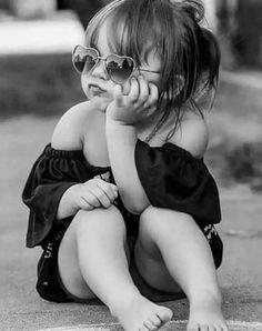 Lolita ,, Kind, Mädchen - laurahenin - Pctr UP Children Photography Poses, Portrait Photography, Photography Business, Creative Photography, Girl Pictures, Girl Photos, Family Photos, Black Girl Photo, Its A Girl Announcement