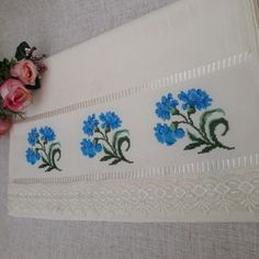 Crewel Embroidery, Cross Stitch Embroidery, Diy And Crafts, Couture, Crochet, Decor, Cross Stitch Rose, Crochet Dishcloths, Crochet Cap