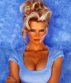 Throwback Thursday: Classic Beauty, Claudia Schiffer