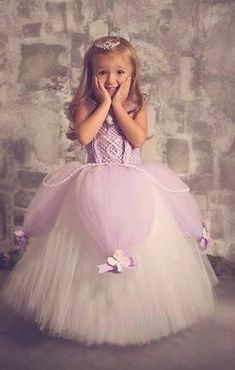 Buy Princess Sofia the first baby Birthday Party Dress. Shop Sofia the first royal tutu costume dress Up for baby to toddler girl. Diy Tutu, No Sew Tutu, Costumes Avec Tutu, Diy Costumes, Disney Tutu Costumes, Costume Ideas, Flower Girls, Flower Girl Dresses, Princess Tutu Dresses