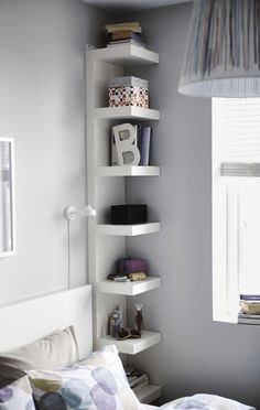 Bedroom Storage Ideas - small bedroom design ideas and home staging tips for small rooms Maximize Small Space, Small Space Solutions, Wall Shelf Unit, Ikea Wall Shelves, Small Wall Shelf, Ikea Shelving Unit, Shelf Units, Hidden Shelf, Open Shelving