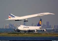 Lufthansa Cargo Boeing 747 waiting for Air France Concorde to land. Aviation Blog, Sud Aviation, Civil Aviation, Commercial Plane, Commercial Aircraft, Air France, Concorde, Jumbo Jet, Passenger Aircraft