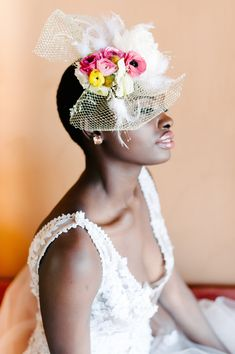 bridal fascinator - photo by Debbie Lourens Photography http://ruffledblog.com/smitten-with-sparkle-wedding-inspiration #fascinators #weddingideas #veils