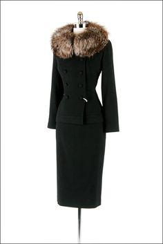 1940 | Black Wool Gabardine Suit with Fox Fur Collar by Lilli Ann