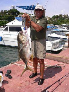 Jurel de 8.760 kg, capturado el 22 de agosto de 2011