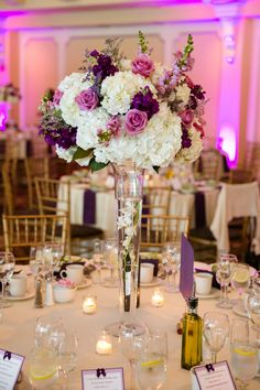 Purple & Grey Spring Wedding at The Waterview Purple & Grey Frühlingshochzeit im Waterview Purple Wedding Centerpieces, Flower Centerpieces, Flower Decorations, Wedding Bouquets, Wedding Decorations, Purple And Gold Wedding, Purple Wedding Flowers, Floral Wedding, Wedding Colors