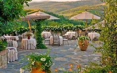 Le Fontanelle - A 5 Star Hotel Surrounded by Breathtaking and Unrivaled Views, Tuscany Best Of Italy, Siena, Wedding Show, 5 Star Hotels, Tuscany, Wedding Planner, London, Table Decorations, Luxury