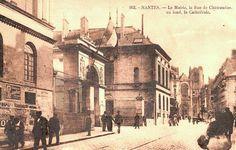 Nantes-la mairie rue de Chateaudun et la cathedrale au fond