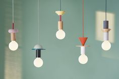 Pricing incl. VAT, excl. shipping The Junit light is a modular pendant lamp that consists of eight different elements. The units are turned from high-quality ash wood and painted in a german workshop, not far from our own studio. The elements of the Junit series come in a natural, clear finish and each in different colors. The bulb complements the colorful lamp with its oversized, milky glass which produces warm, ambient light. To complete the individual look of the lamp, the user can ...