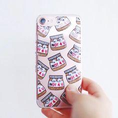 [CUTE] J'ai trouvé la coque la plus mignonne de l'univers @skinnydiplondon 🤗📱❤ pour mon précieux !!! Je l'aime d'amour, tout autant que le Nutella ou que la Nocciolata 🐿 Hihi !  -------------------------------------  #louizeandco #iphone #iphone7 #rosegold #gold #coque #coqueiphone #nutella #chocolate #food #smartphone #caseiphone #iphonecase #love #cute #cuteness #new #favorites #myfav #mignon #nouveauté #skynnydip