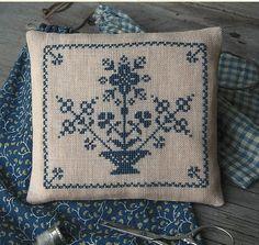 Primitive Folk Art Cross Stitch Pattern