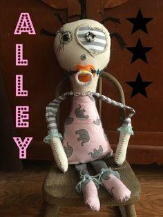 monster dolls,handmade dolls,handmade monster,hand sewn dolls,hand sewn monsters,creepy dolls,gothic dolls, dolls, primitive dolls,grunge by DDSMASCOTMONSTERS on Etsy