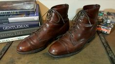 Classic Allen Edmonds Brown Bayfield Boot - 10D - MSRP $395 #AllenEdmonds #Military Allen Edmonds, Combat Boots, Oxford Shoes, Dress Shoes, Lace Up, Military, Brown, Classic, Men