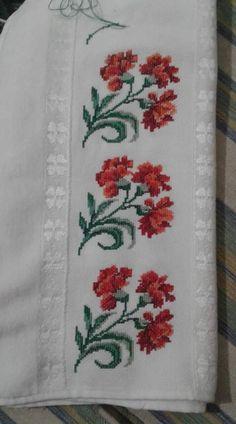 Cross Stitch Borders, Cross Stitching, Baby Knitting Patterns, Crochet Patterns, German Folk, Flower Seeds, Embroidery Applique, Handmade, Cross Stitch Rose