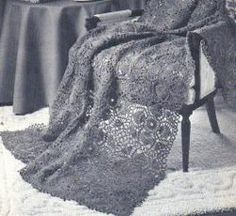 Make something classy and vintage with these vintage crochet blanket patterns. With these vintage crochet tutorials, you can make an afghan that's a blast from the past. These old crochet patterns will find new life. Afghan Crochet Patterns, Crochet Motif, Crochet Ripple Afghan, Crochet Afgans, Crochet Blankets, Vintage Crochet Patterns, Pineapple Crochet, Easy Crochet Projects, All Free Crochet