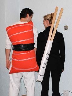 DIY Sushi Costume DIY Sushi Costume Inspiration & accessories for your DIY Sushi halloween costume idea Meme Costume, Baby Sushi Costume, Costume Contest, Funny Couple Costumes, Diy Couples Costumes, Food Costumes, Easy Costumes, Teen Costumes, Woman Costumes