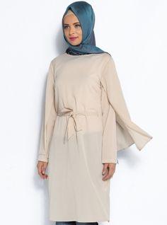 Pelerin Görünümlü Tunik - Taş - Topless Pelerin Görünümlü Tunik Modelleri  http://www.tesetturone.com/urun-kategori/tunik/ #tesettur #hijab #giyim #moda #kadın #tesettürgiyim