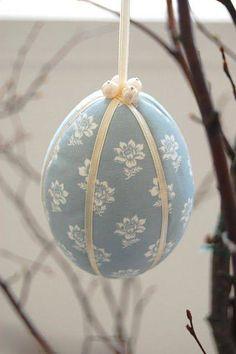 °easter in blue° Easter Bunny, Happy Easter, Easter Eggs, Easter Food, Easter Recipes, Egg Crafts, Easter Crafts, Diy Osterschmuck, Diy Easter Decorations