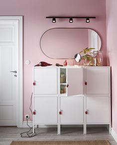 IKEA se adelanta al 2021 Ikea Pax, Hemnes, Yellow Dining Chairs, Ikea Christmas, Bathroom Red, Blue Cabinets, Living Room Trends, Home Decor Inspiration, Locker Storage