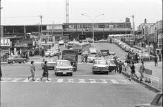 1967年(昭和42年) 4月18日 品川区大井一丁目 JRの駅前から東急線の駅を臨む