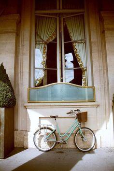 bicycle, Morning in Paris