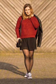 Pantyhose Outfits, Pantyhose Fashion, Fashion Tights, Skirt Fashion, Fashion Outfits, Geek Chic Outfits, Cool Tights, Cute Skirt Outfits, Pantyhose Lovers