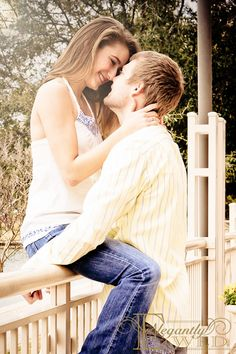 ElegantlyWed Engagement Photo  #engagement #outdoors