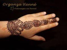 1000 id es sur le th me dessins au henn pour la main sur pinterest henn henn et mains - Dessin de henne pour les mains ...