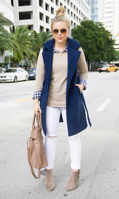 Navy Sleeveless Trench – Living In Color Print