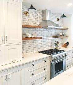 "Polubienia: 2,228, komentarze: 48 – Kate Marker Interiors (@katemarkerinteriors) na Instagramie: ""Cookin on Cook St in this vintage charmer! #cookingoncookclient #katemarkerinteriors #newkitchen…"""