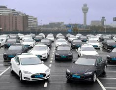 E-CARS POCKET GUIDE - quick translation: there a now (2015) 100 Tesla cabs at Schiphol Airport...... wow! - Recordaantal elektrische taxi's op Schiphol|Tesla| Telegraaf.nl