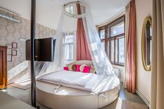 The love room at fusion hotel prague. Designed by Tinquer interiors. Foto: Jan Pirgl