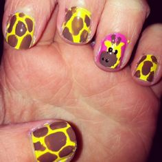 Easy to follow step-by-step for giraffe nails! #sephora #nailspotting