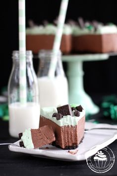 Pullahiiren leivontanurkka: Ystävänpäivän yllätys - Minttusuklaajuustokakku / No-bake Mint chocolate cheesecake
