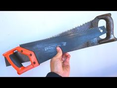 How to cut metal with a saw on a tree. From two old saws on wood you can make this simple and useful invention. So don't be in a hurry to throw awa. Woodworking Vice, Woodworking Shop, Woodworking Projects, Storage Shed Organization, Tool Storage, Homemade Tools, Diy Tools, How To Cut Metal, Sheet Metal Cutter