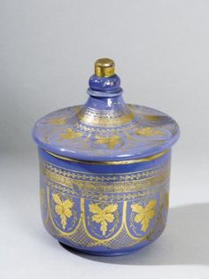 Turkey, Beykoz, covered jar, opalescent glass, gilt, late 18th c, H. 26 cm