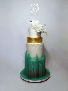 Wedding cake by sarka finsterlova