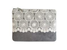 Brauttaschen - Clutch, wildes Leder grau mit Spitze, Nr. 1 - ein Designerstück von mainzwirn bei DaWanda