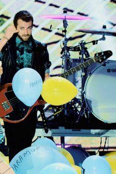 Jeremy Davis>>I WANT A PARAMORE BALLOOOOOOONNNNNN