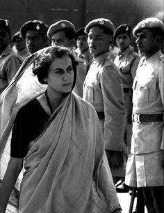 1966 La signora Indira Gandhi diventa il primo ministro dell'India.