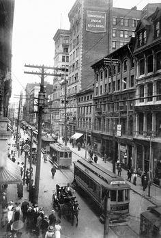 Photo: Rue Saint-Jacques, a street in Montreal, 1910 Old Montreal, Montreal Ville, Montreal Quebec, Voyage Canada, Old Paris, Canadian History, Saint Jacques, Belle Villa, Parcs