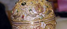Un oeuf façon Fabergé volé, estimé un million d'euros, retrouvé à la frontière franco-suisse