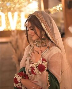 Asian Bridal Dresses, Simple Pakistani Dresses, Asian Wedding Dress, Pakistani Bridal Makeup, Pakistani Wedding Outfits, Indian Bridal Outfits, Nikkah Dress, Bridal Dress Design, Marie