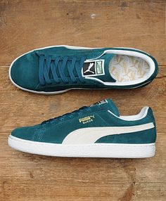 Puma Suede - scotts supply the best clothing, latest footwear and essential accessories from the biggest names in the menswear game. Puma Sneakers, Suede Sneakers, Sneakers Fashion, Fashion Shoes, Blue Puma Suede, Pumas Shoes, Sneaker Boots, Looks Style, Me Too Shoes