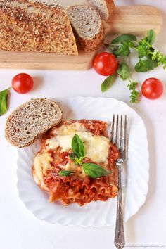 My Momma's Lasagna by www.cookingwithruthie.com will bring a smiles to your dinner table! @ragusauce #spon