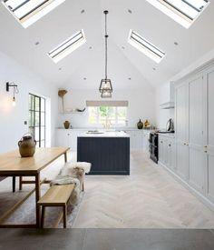 Nice 73 Cute and Quaint Cottage Interior Design Decorating Ideas https://besideroom.com/2017/08/18/cute-and-quaint-cottage-interior-design-decorating-ideas/