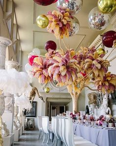 The House that Lars Built (@houselarsbuilt) • Instagram photos and videos Glass Of Champagne, 100 Layer Cake, Nye Party, Centerpieces, Table Decorations, Feather Tree, Throw A Party, Party Entertainment, Party Looks